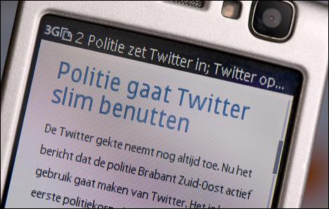 Politie pakt Twitterende 'terrorist' op