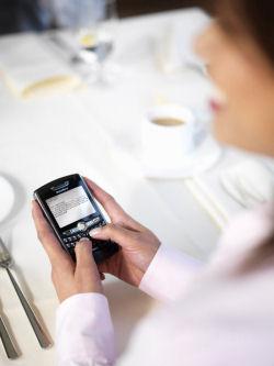 E-mails meer op mobiele telefoon gelezen