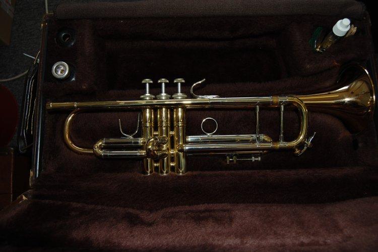 Man vindt gestolen trompet terug op Marktplaats
