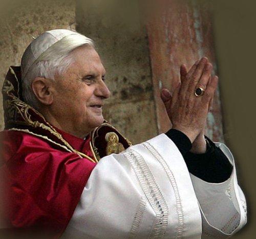 Paus keurt sociale netwerken goed