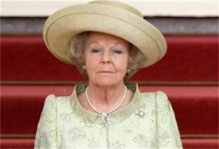 Koningin bedankt voor wensen via Twitter
